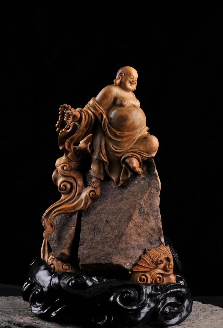 【收藏级】【福在眼前】大抱石,少见的太行山红岩石种,360度全雕作品